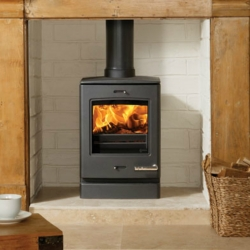 Contemporary Wood Stove Yeoman CL3